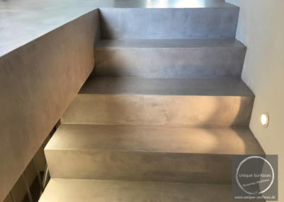 betonfloor-treppe-microtopping