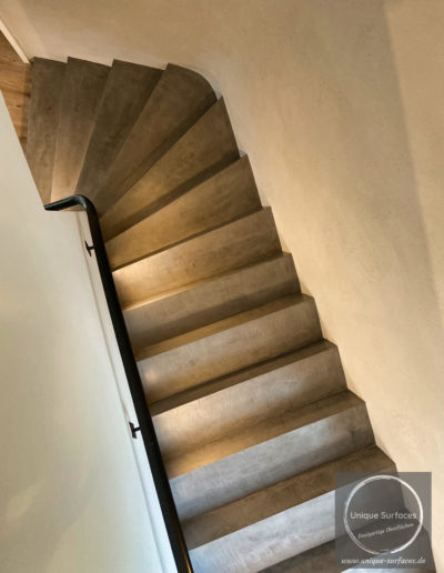 spachtel-treppe-betonlook